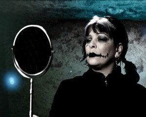 Милена Славова от клипа - Куклата Мици